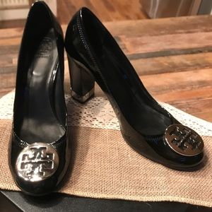 Like new Tory Burch patent pump